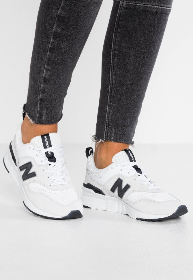 Sneakers - In Linea Vendita Negozio: Abbigliamento,Scarpe ...